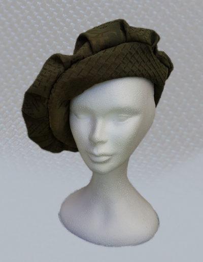 georges-leta-chapeaux-le-chapeau-medieval