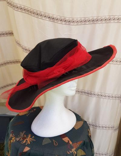 georges-leta-chapeaux-fabrication-artisanale-chapeau-ceremonie-4