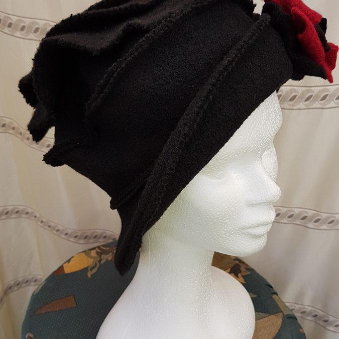 Chapeau femme HIVER – PAM Laine bouillie avec décor fleur