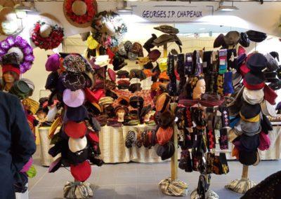 georges-jp-chapeaux-stand-chapeaux