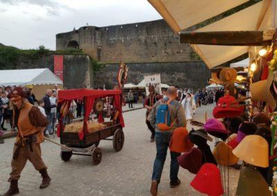 georges-leta-chapeaux-stand-chapeaux-manifestation-foire-medievale-fabrication-artisanale3